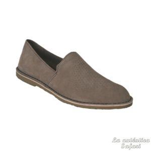 Zapato piel perforada